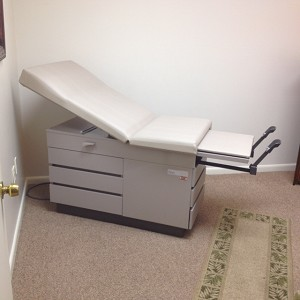 used equipment gyn exam table ritter 104